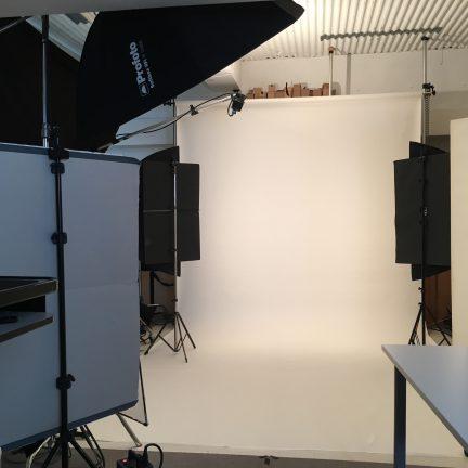 【ビジネスポートレート】オフィシャルサイト用ポートレート写真撮影ライティング